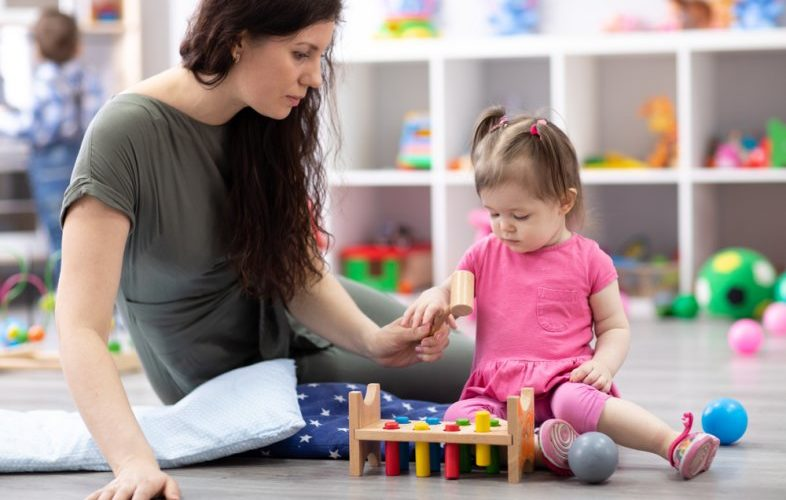 Shaheen-Pak-Nanny-Babysitting-Service-Dubai-2021