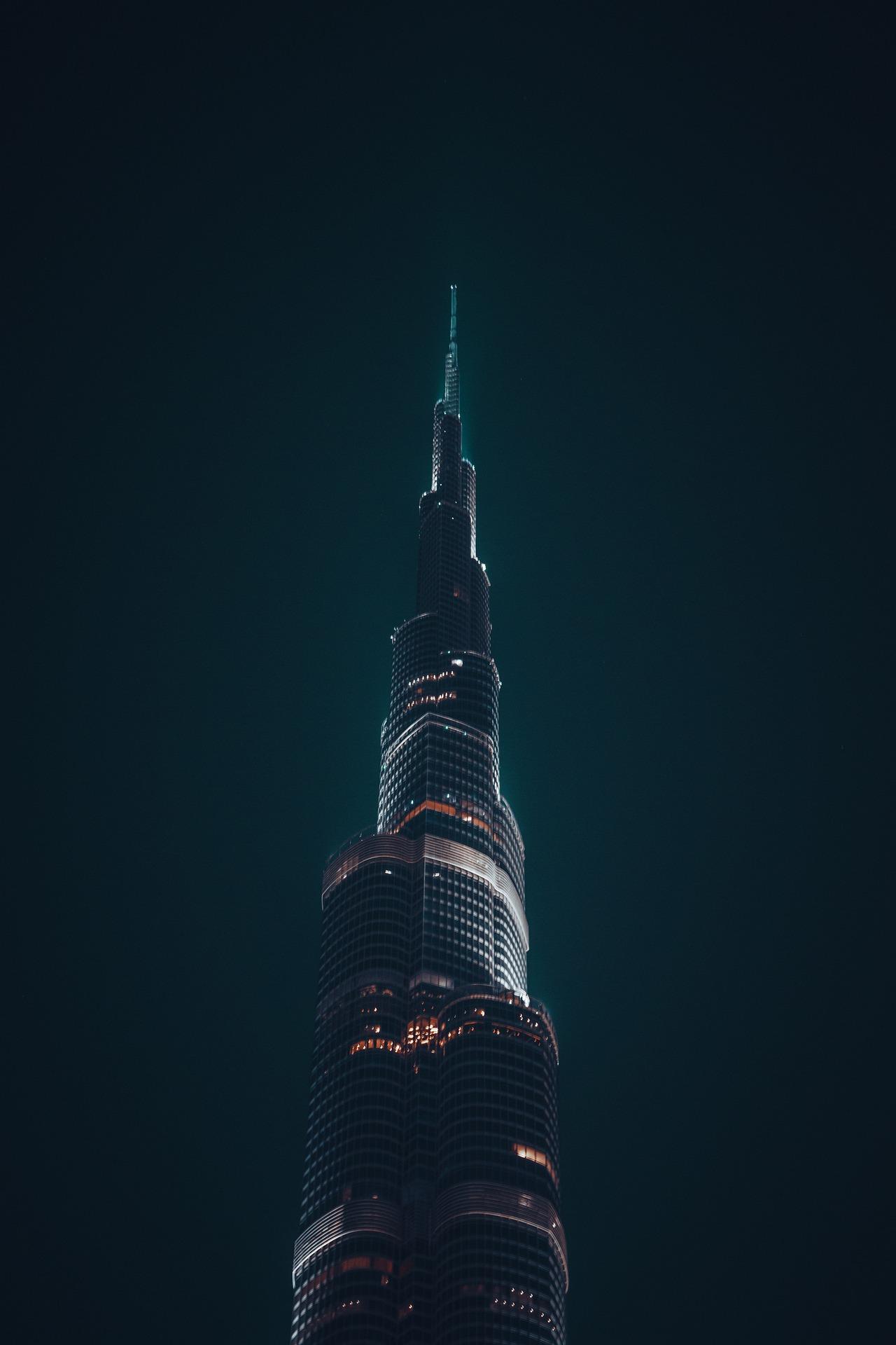 BURJ-KHALIFA-DUBAI-2021-PICTURES